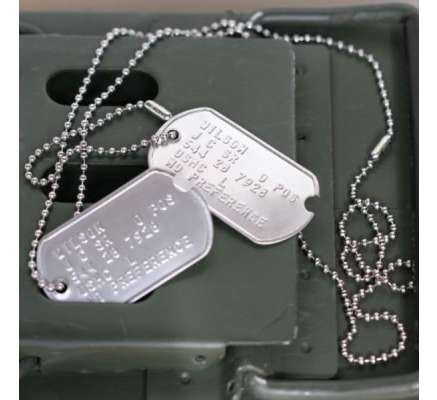 WW2 notched dog tag set